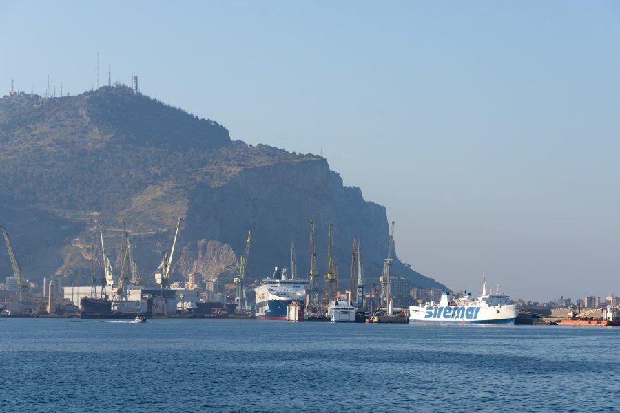Port de Palerme et Monte Pellegrino