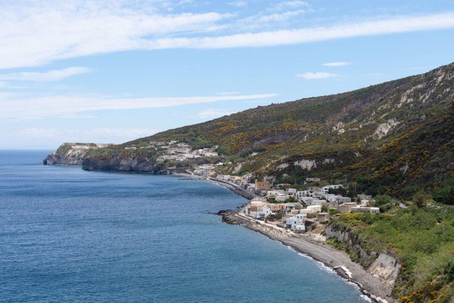 Plage d'Acquacalda, île de Lipari, Sicile
