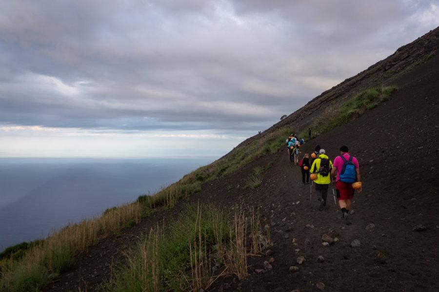 Randonnée sur le volcan Stromboli, Italie