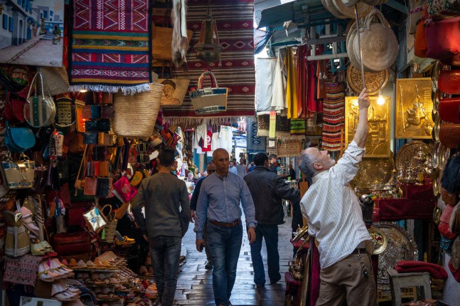 Souk d'artisanat à Tunis