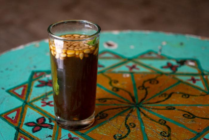 Thé aux pignons, Tunisie