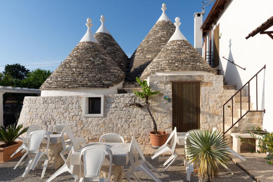 Hôtel trulli dans les Pouilles, Italie