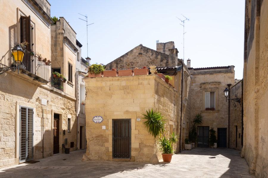 Maisons du centre historique à Lecce dans les Pouilles