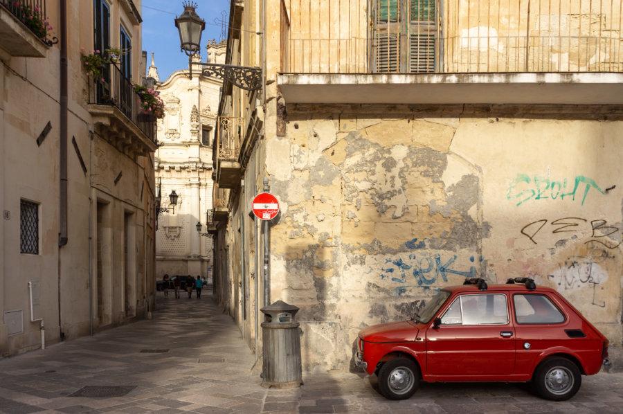 Mini Fiat dans les rues de Lecce, Pouilles