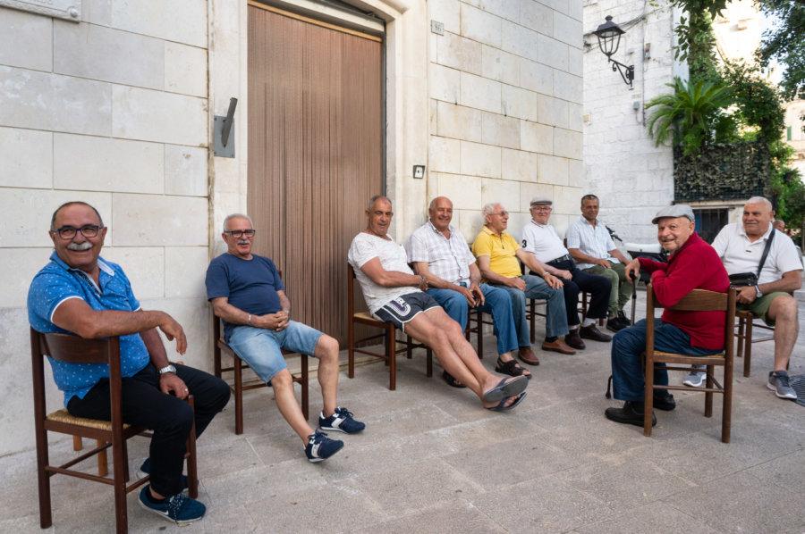Papis italiens à Locorotondo, Pouilles