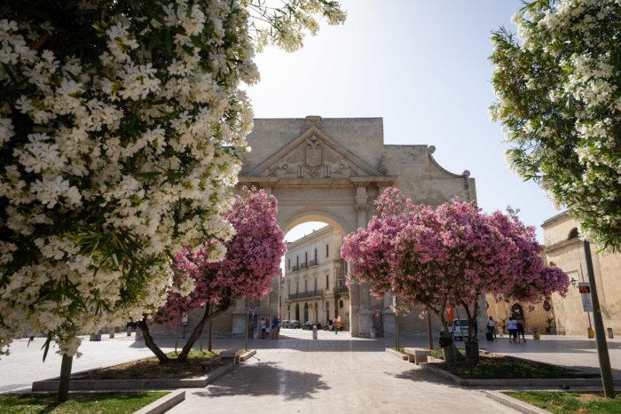 Porta Napoli à Lecce, Pouilles, Italie