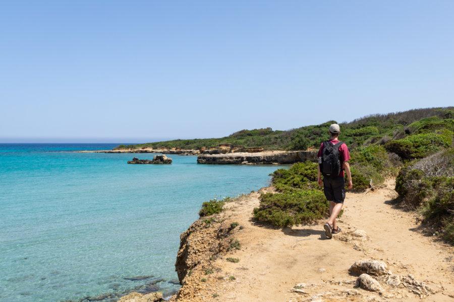 Randonnée sur la baia dei turchi, Otranto, Italie