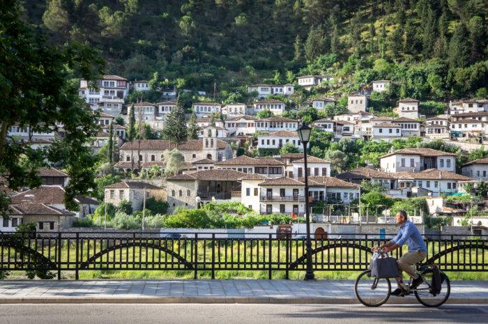 Vélo à Berat, Albanie