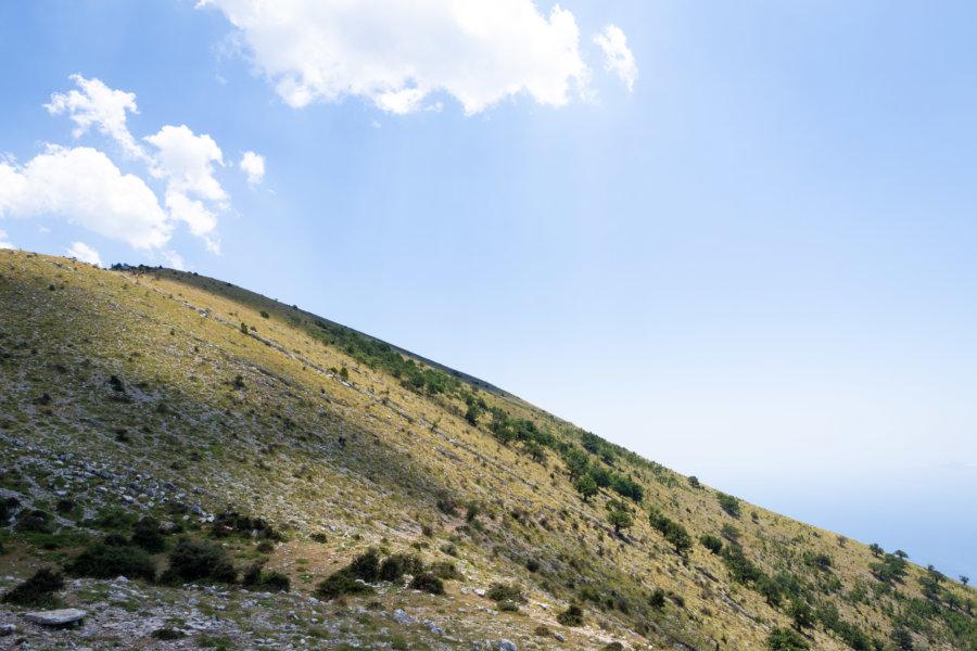 Montagne à Llogara en Albanie