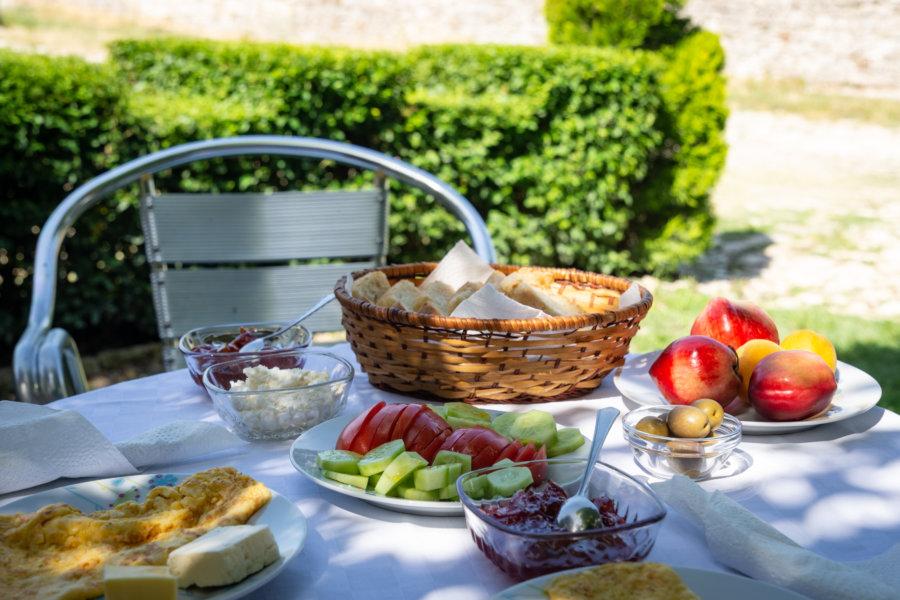 Petit déjeuner albanais