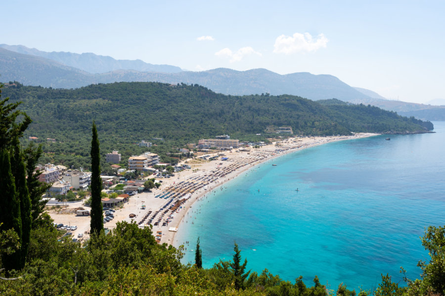 Plage de Livadhi en Albanie