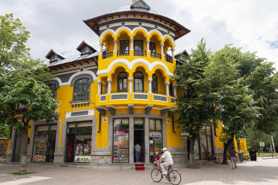 Ville de Korçë en Albanie