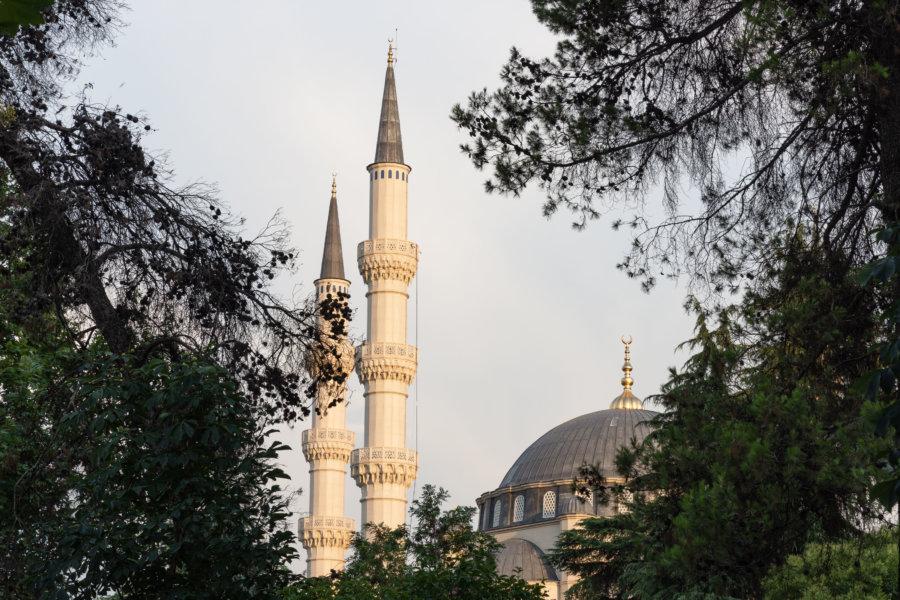Nouvelle mosquée à Tirana, Albanie