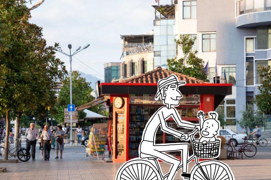 Vélo dessiné dans la ville de Shkodër en Albanie