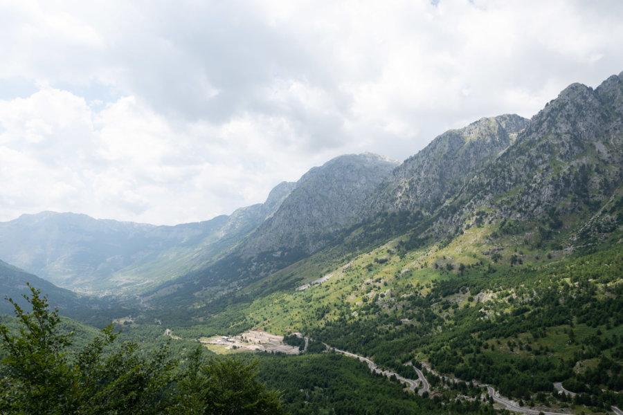 Route de Theth à Shkodër en Albanie