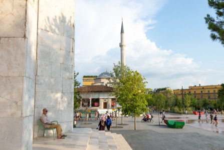 Place Skanderbeg à Tirana