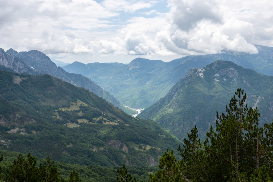 Sommet de la randonnée de Valbona à Theth
