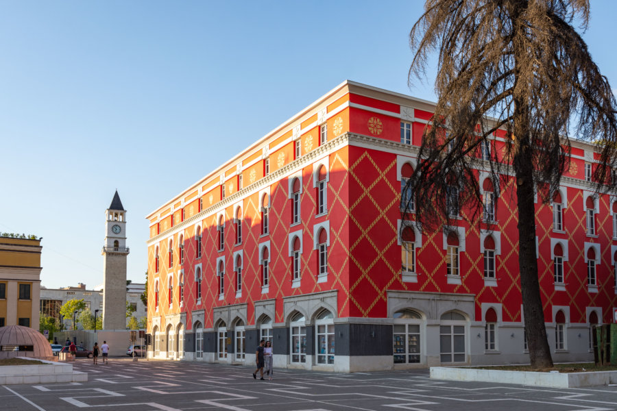 Ville de Tirana en Albanie