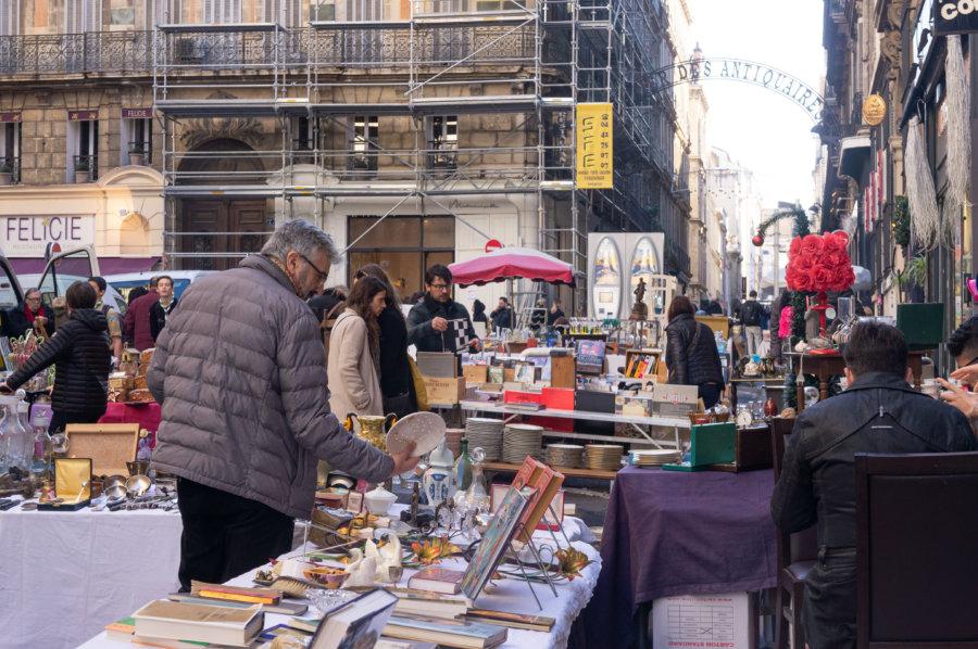 Brocante au quartier des antiquaires de Marseille