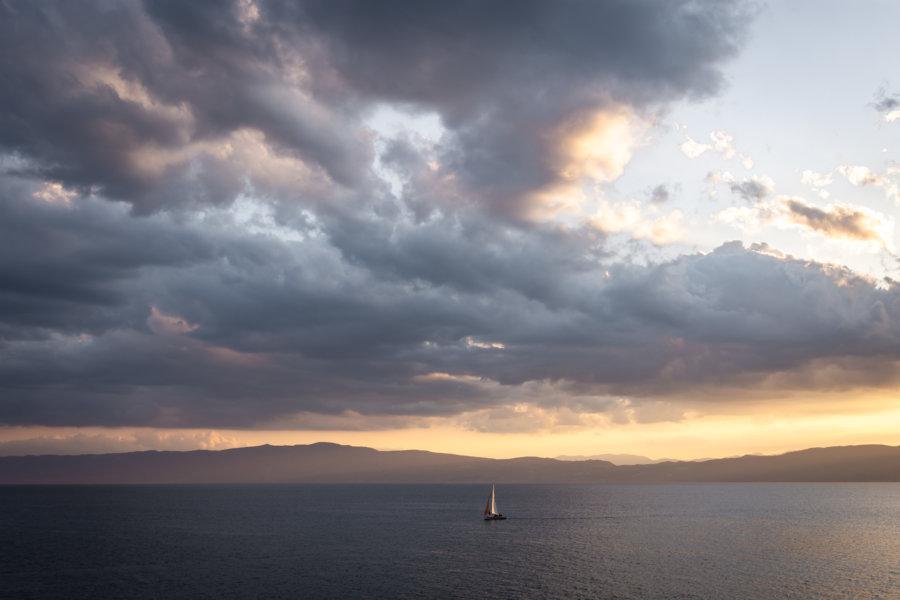 Crépuscule sur le lac d'Ohrid