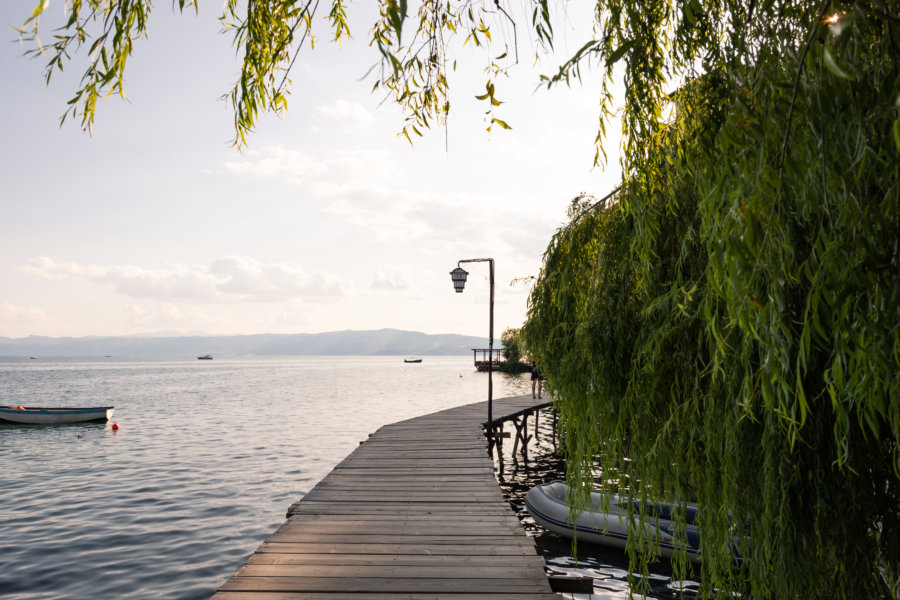Ponton au bord du lac d'Ohrid
