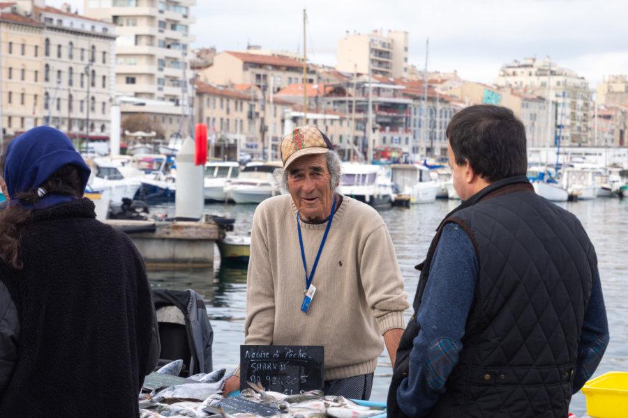 Vendeur de poissons à Marseille
