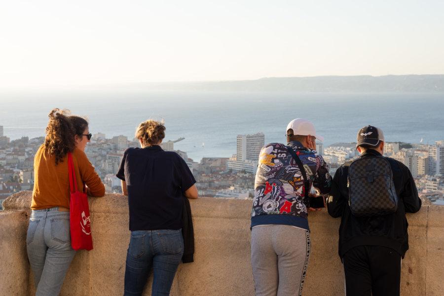 Vue sur Marseille devant la Bonne Mère