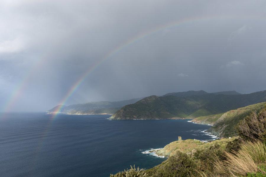Arc-en-ciel sur le Cap Corse