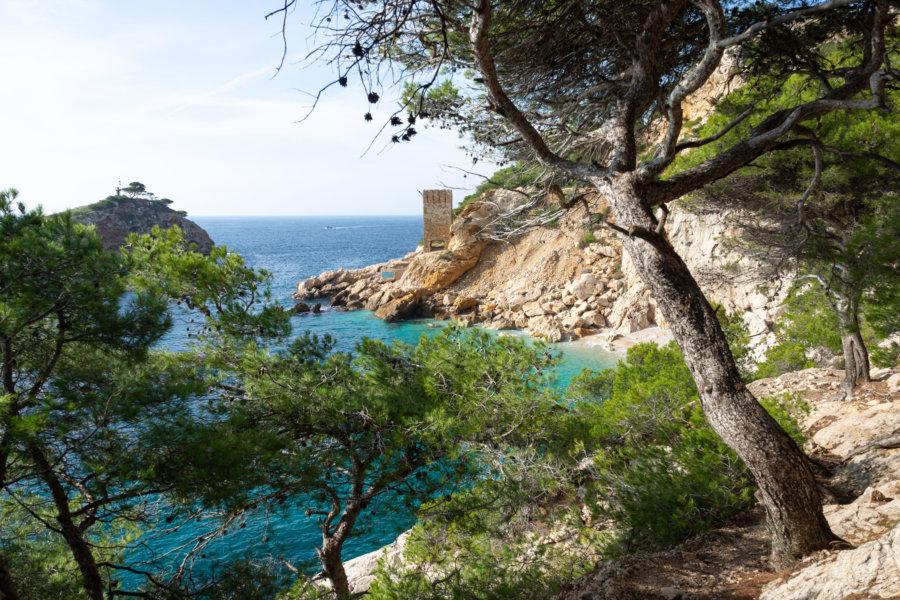 Calanque de l'Everine, côte bleue à Marseille