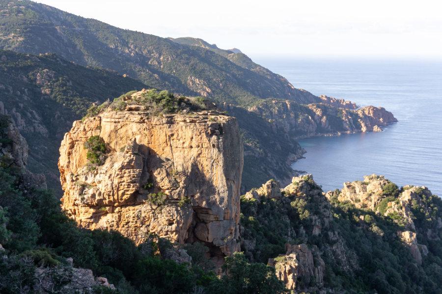 Château fort, rocher des Calanques de Piana, Corse