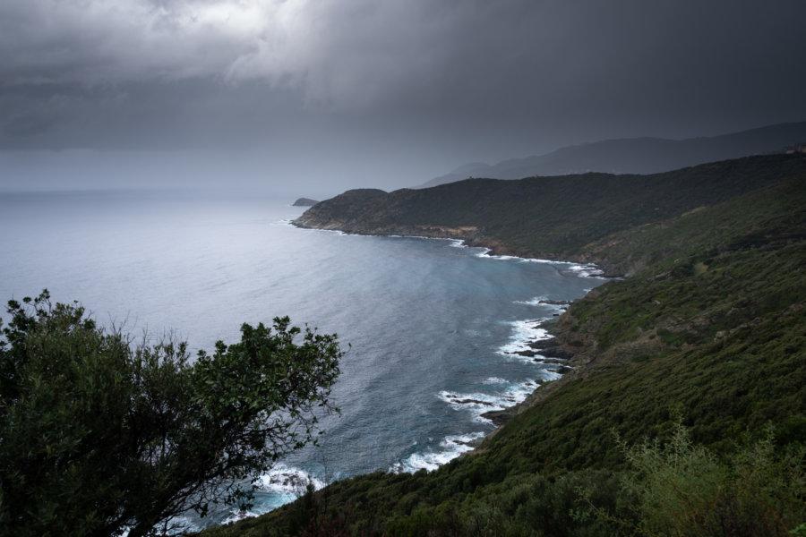 Orage sur le Cap Corse à l'automne