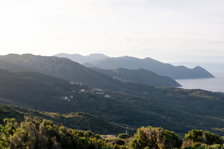 Point de vue sur Centuri et le Cap Corse au moulin Mattei