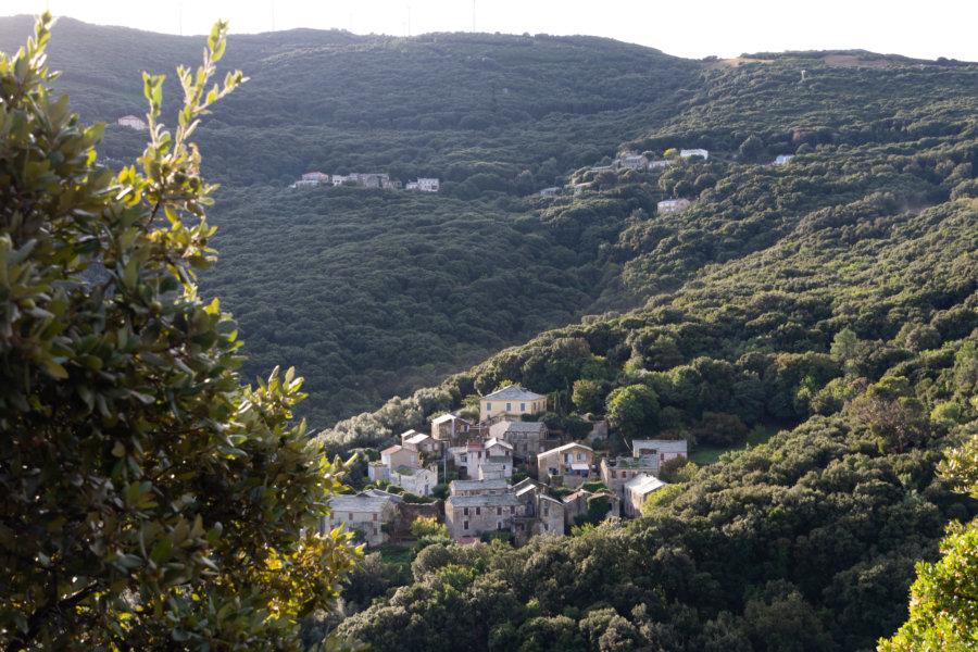 Entre Centuri et Tollare, village du Cap Corse