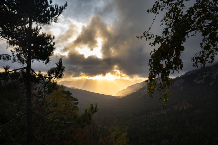 Coucher de soleil sur Piana et la montagne