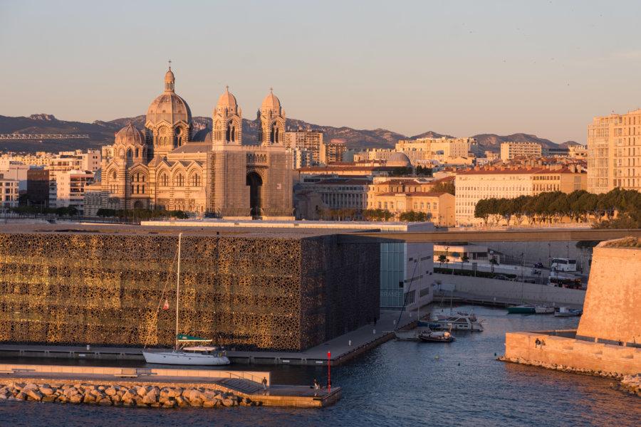 Vue aérienne sur Marseille depuis le jardin du Pharo