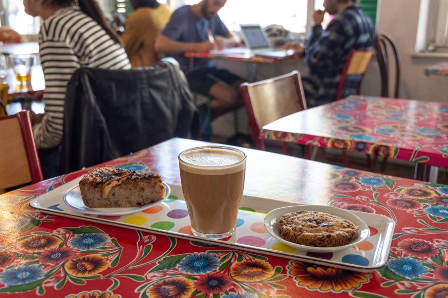 L'écomotive, café végétarien à Marseille