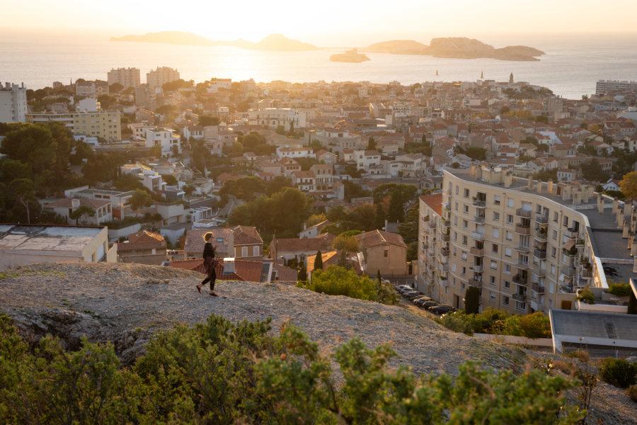 Point de vue sur Marseille et la mer