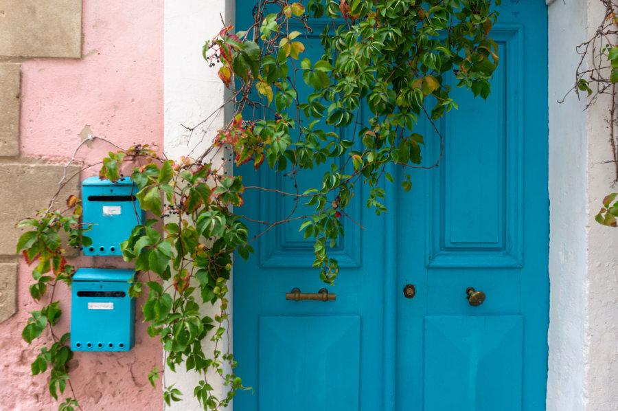 Porte de maison à L'Île-Rousse