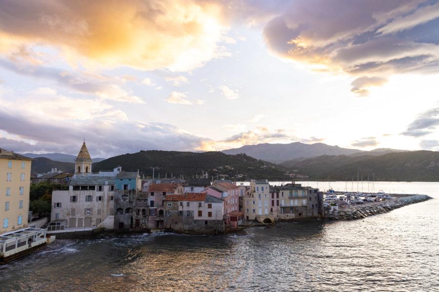 Coucher de soleil sur Saint-Florent en Corse