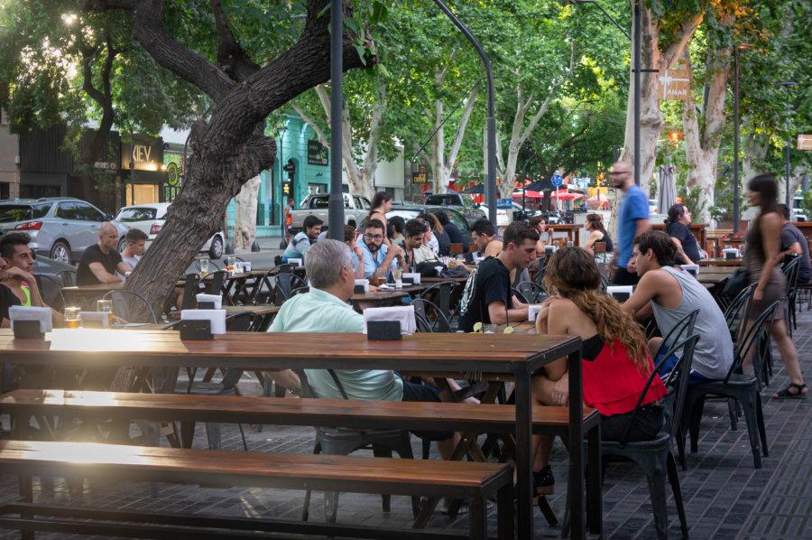 Bars dans la ville de Mendoza, Argentine