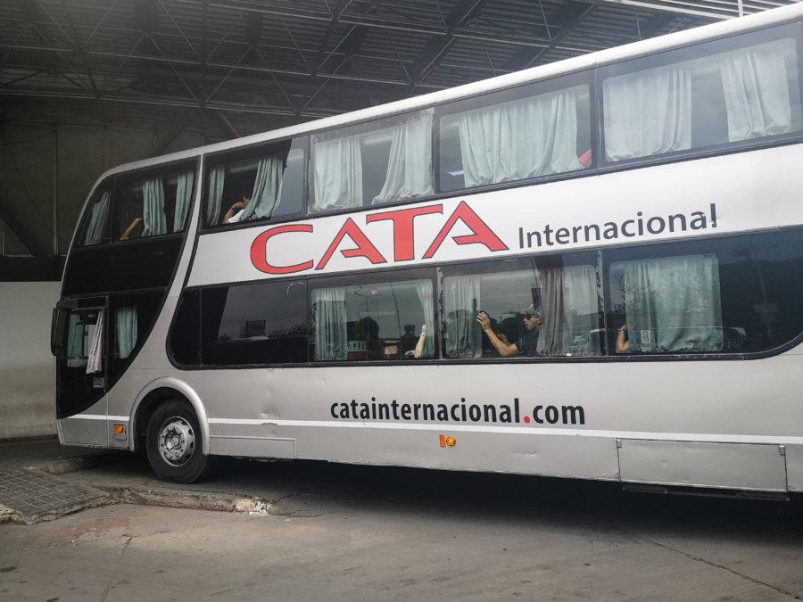 Cata internacional, bus en Argentine