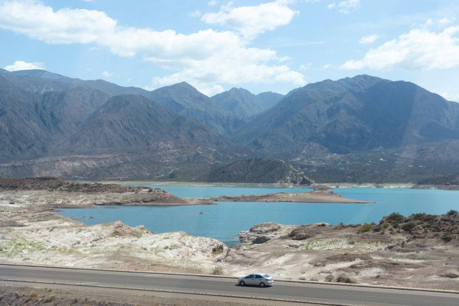Lac de Potrerillos près de Mendoza