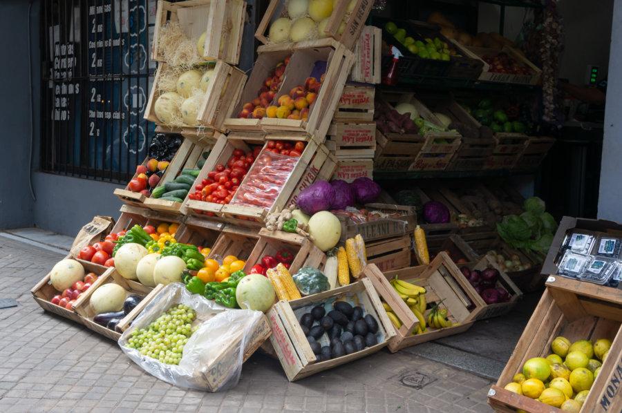 Marchand de fruits et légumes en Argentine
