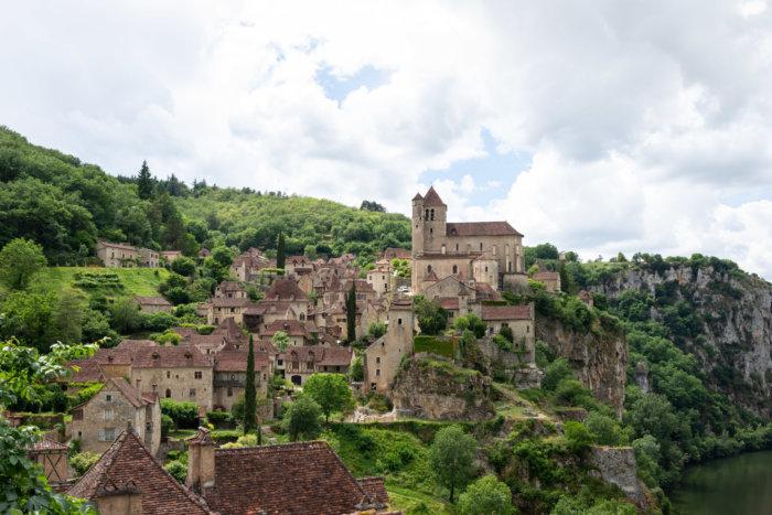 Point de vue sur le village de Saint-Cirq-Lapopie