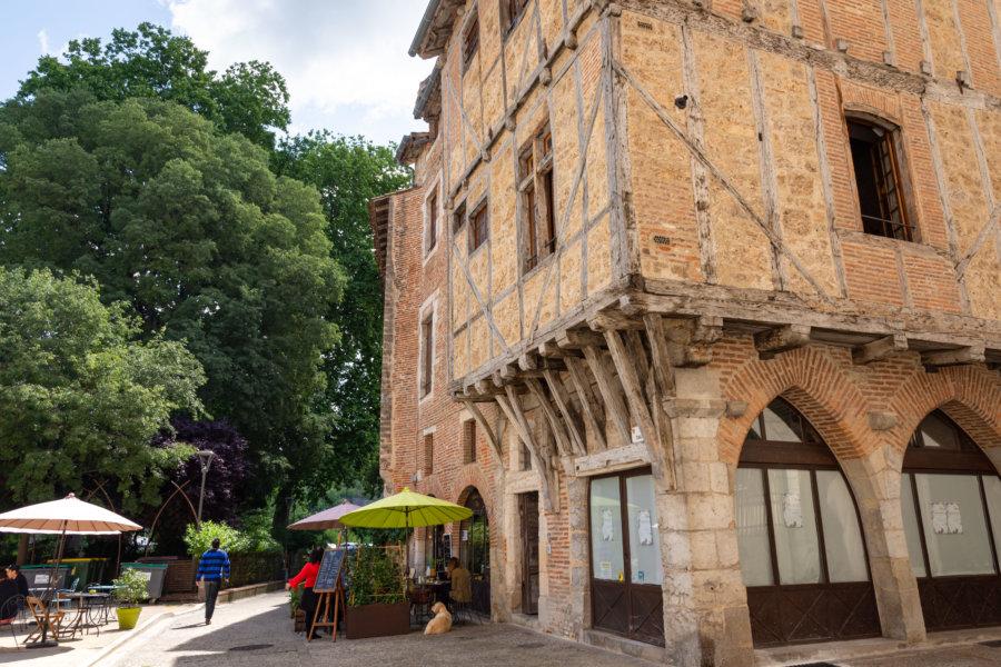 Vieux centre à colombages à Cahors