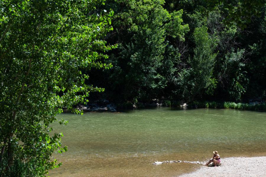 Baignade dans l'Aveyron à Cazals