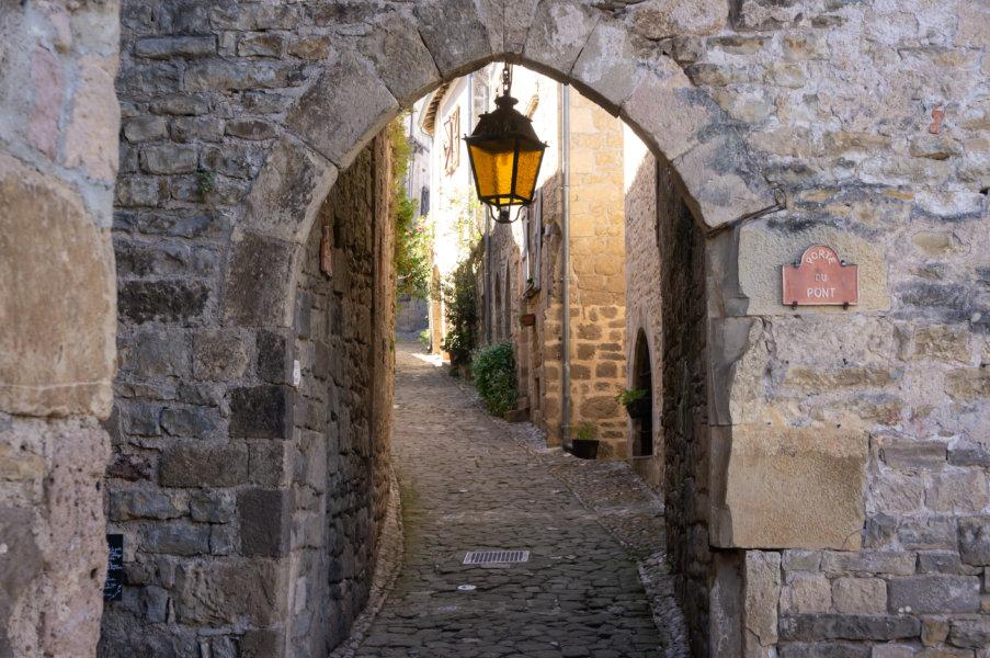 Porte du village de Penne