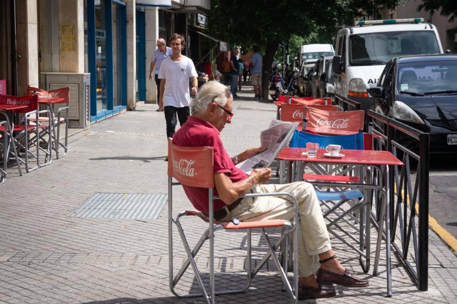 Terrasse dans une rue de Rosario en Argentine