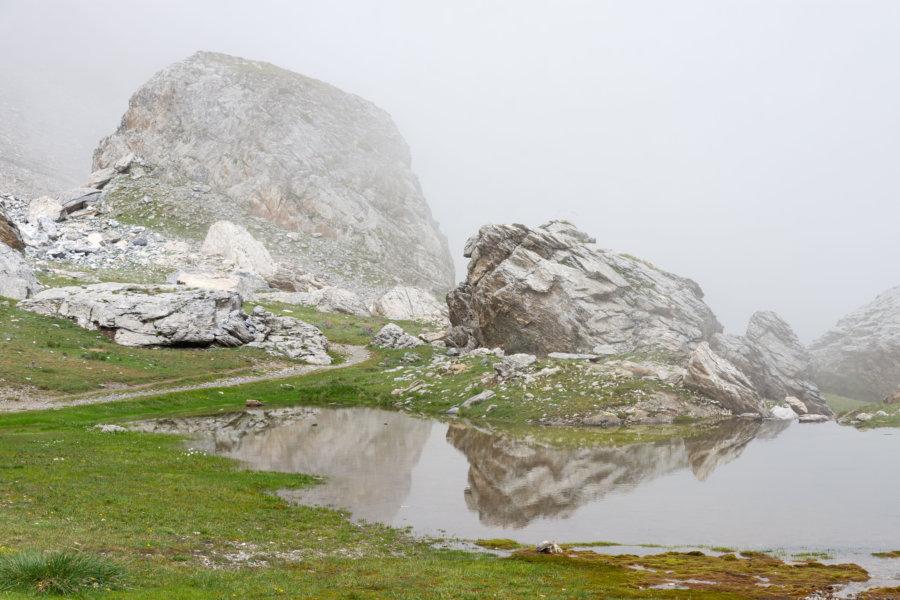 Randonnée au lac de Barroude dans les nuages