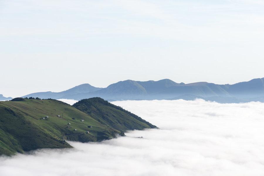 Mer de nuages au Pla d'Adet, Saint-Lary, Pyrénées